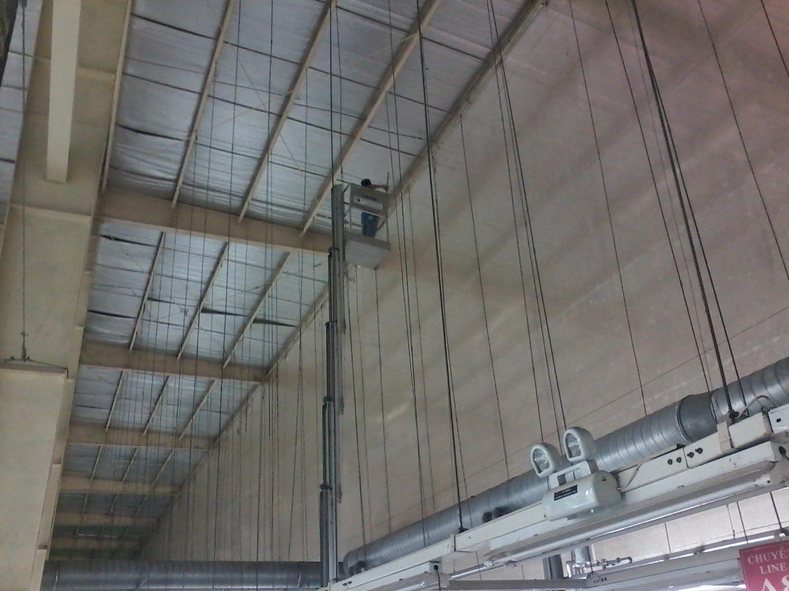 Quét bụi trần nhà xưởng tại Tp Hồ Chí Minh