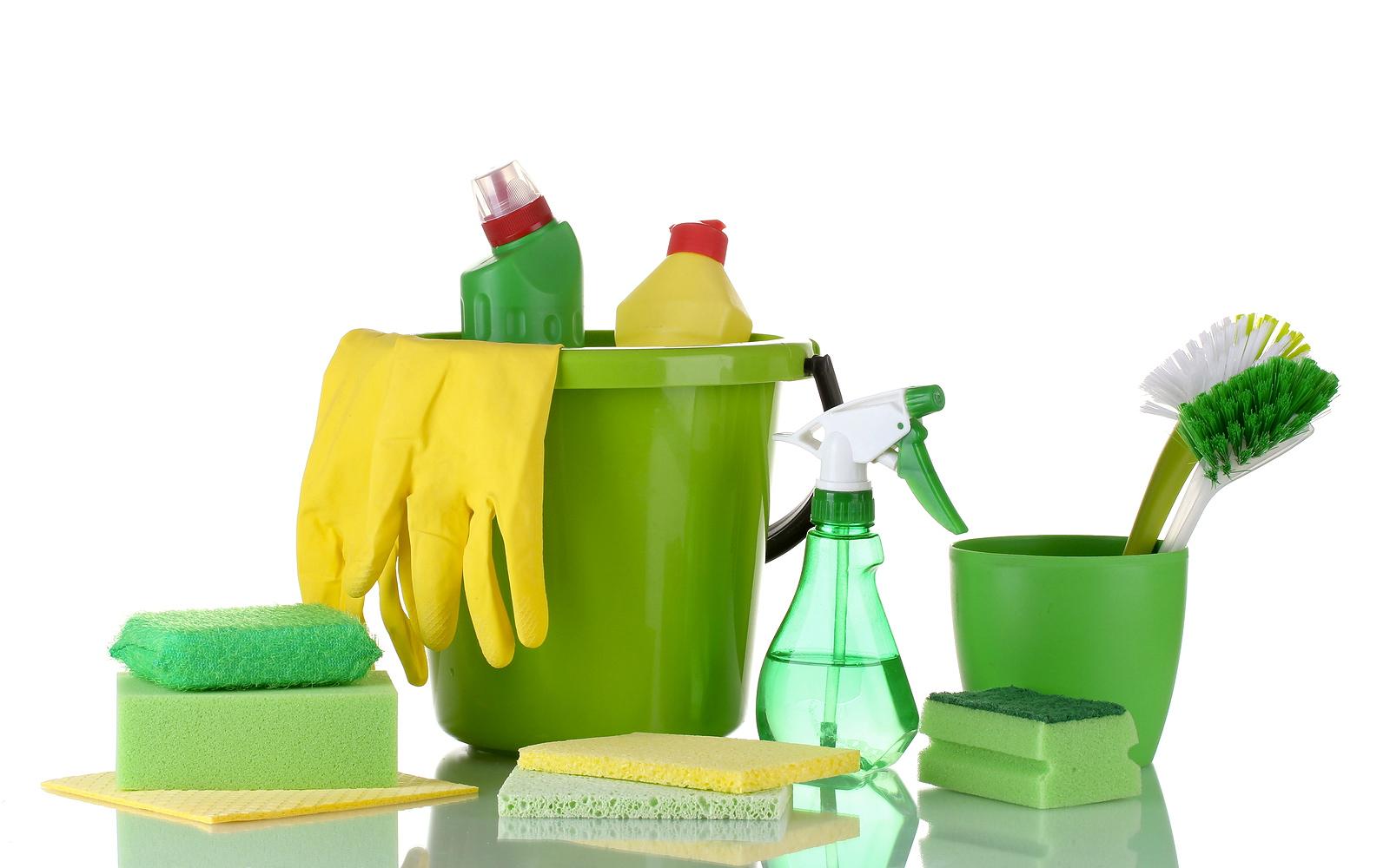 Dụng cụ, hóa chất vệ sinh nhà xưởng mới