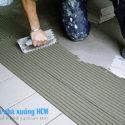 Lót gạch sàn nhà xưởng